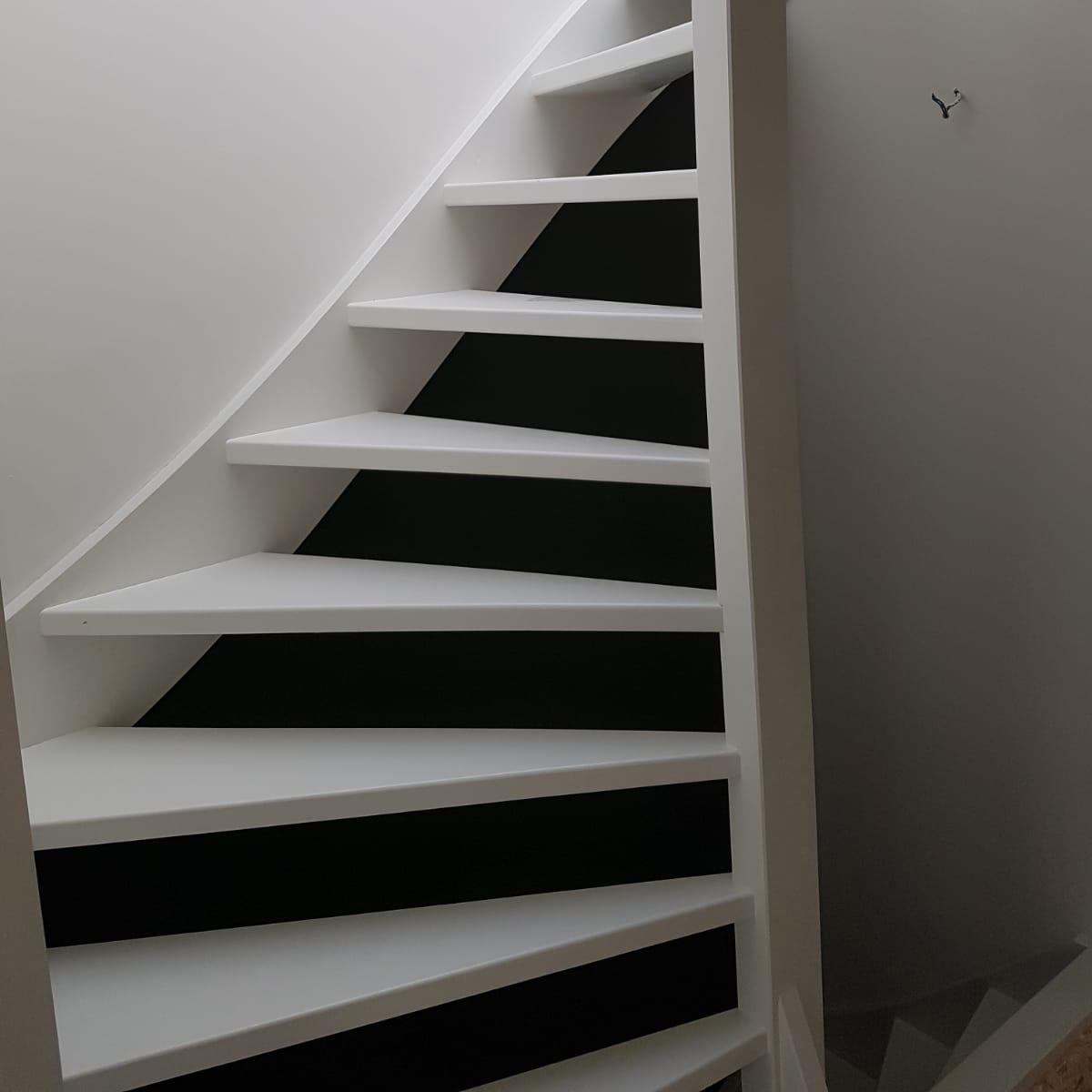 trap-binnen-haak-1